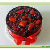 467. Čokoládový dort s čerstvým ovocem – gluten free