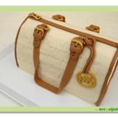 486. Marcipánový modelovaný dort kabelka M.Kors