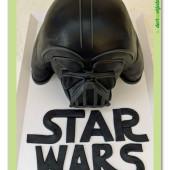 499. Star Wars  – helma darth wader modelovaný 3D dort