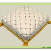 532. Marcipánový dort – Ozdobný polštářek