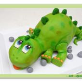 557. Modelovaný 3D dort – Mládě Stegosauruse