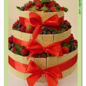 566. Svatební dort s ovocem a čokoládou