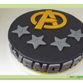 609. Avengers marcipánový kulatý dort
