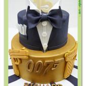 635. James Bond ve smokingu  –  marcipánový dort